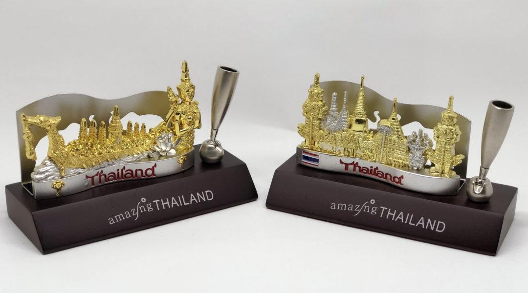 タイ寺院のペン立て